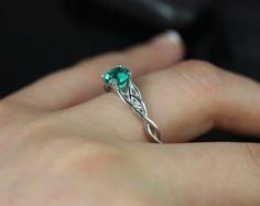 Cassidy 14kt oro bianco tondo nodo celtico smeraldo anello di fidanzamento (altri metalli e pietre opzioni disponibili)