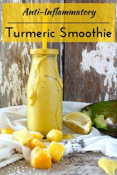 Fighting inflammation with food - what to eat, how to do it, and a recipe for this smoothie!