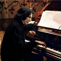 Snape playing on the piano