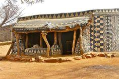 kassena village, tiébélé, burkina fasoimage © rita willaert