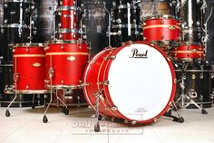 Pearl Masterworks 5pc Drum Set Matte Red Tamo