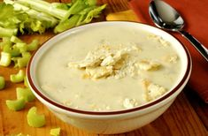 Celery soup with ham mozzarella sticks Celery Soup, Ham Soup, Diabetic Recipes, Diet Recipes, Healthy Recipes, Mozzarella Sticks, Healthy Living, Clean Eating, Good Food