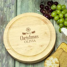 Engraved Wooden Cheeseboard Set - Merry Christmas Personalized Christmas Gifts, Christmas Gifts For Her, Christmas Love, Merry Christmas, Best Chef, Bamboo Cutting Board, Merry Little Christmas, Personalised Christmas Gifts, Happy Merry Christmas