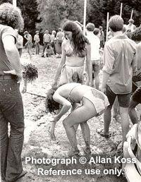 Woodstock 1969 Girls   Woodstock, Women in mud, 1969