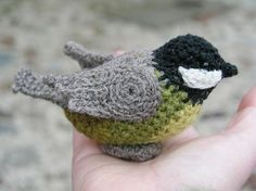 Crocheting Conversations: Look at the birdie.....