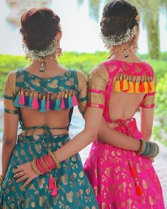 Trendy and Stylish Blouse Designs For this wedding season Lehnga Blouse, Choli Blouse Design, Blouse Designs High Neck, Sari Blouse Designs, Fancy Blouse Designs, Designer Blouse Patterns, Designer Dresses, Lengha Choli, Dress Designs