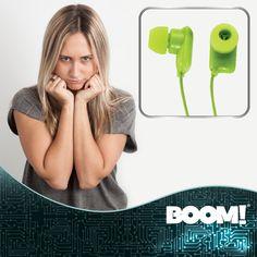 ¿Acaban de descomponerse tus audífonos?, remplázalos con unos a todo color.
