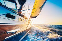 Differenze tra barca a vela e catamarano: quale scegliere?