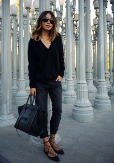 of Lights. (Sincerely Jules) MAJE fuzzy angora sweater (similar here + turtle neck here) ZARA boyfriend jeans (AG Adriano.MAJE fuzzy angora sweater (similar here + turtle neck here) ZARA boyfriend jeans (AG Adriano. Denim Fashion, Look Fashion, Womens Fashion, Fashion Black, Boyfriend Jeans, Lace Up Ballet Flats, Sincerely Jules, Mode Plus, Inspiration Mode