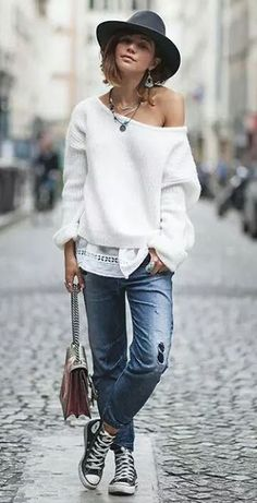 2620c371451 incredible street style   hat + white sweater + boyfriend jeans + converse  + bag