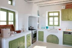 Cob house kitchen - it's so cute! #IndianHomeDecor