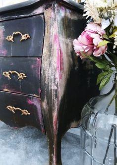 Boho chic Bombay Dresser