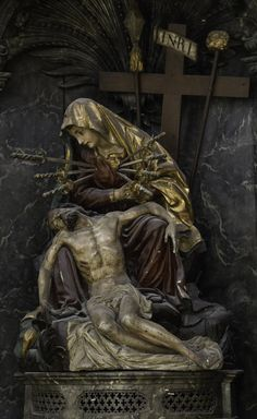 This Pieta with Our Lady of Sorrows is from the former Augustinian church of St Maurice in Fribourg, Switzerland. September is the month of Our Lady of Sorrows. Her feast is on September. Jesus Christ Images, Jesus Art, God Jesus, Religious Pictures, Jesus Pictures, Blessed Mother Mary, Blessed Virgin Mary, Catholic Art, Religious Art