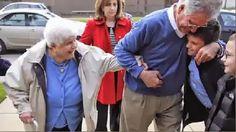 El domingo pasado, la Iglesia de San Gregorio el Iluminador de Chicago homenajeó a Helen Paloian de 107 años, uno de los pocos sobrevivientes del Genocidio Armenio, según crónica del Chicago Tribune.