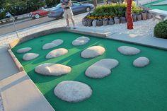 Mini Golf Course Obstacles Minigolf at the Shore 015 Putt Putt - - jpeg Mini Golf Set, Backyard Putting Green, Putt Putt Golf, Golf Card Game, Dubai Golf, Crazy Golf, Miniature Golf, Best Golf Courses, Backyard Games