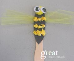 Bee craft for children kids using tissue paper googley eyes black card stock lolly sticks and material