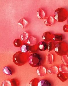 Red | Rosso | Rouge |	Rojo | Rød | 赤 | Vermelho | Color | Colour | Texture | Form | Pattern | gems