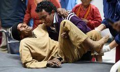 Népal - Séisme dévastateur : le bilan est de près de 2.500 morts - 28/04/2015 - http://www.camerpost.com/nepal-seisme-devastateur-le-bilan-est-de-pres-de-2-500-morts-28042015/?utm_source=PN&utm_medium=CAMER+POST&utm_campaign=SNAP%2Bfrom%2BCamer+Post