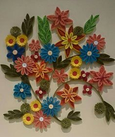 Quilled floral pattern