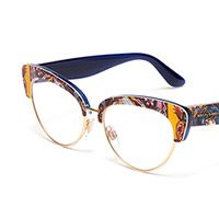 Cat-eye eyeglasses for women with Carretto print frame DG3247