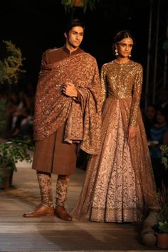 Delhi Couture Week 2013 Photos – Sabyasachi  bronze pink anarkali lengha