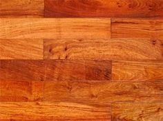Sàn gỗ Gõ Đỏ tự nhiên là thương hiệu sản phẩm ván sàn gỗ tự nhiên cao cấp hiện nay trên thị trường sàn gỗ Việt Nam. Ván sàn gỗ tự nhiên này mang đầy đủ những vẻ đẹp hiện đại và tiện lợi vốn có giúp ích cho cuộc sống sinh hoạt của con người. Với những tính năng rắn chắc và ổn định trong thời gian dài sử dụng sản phẩm trước những nhân tố có hại đến từ môi trường sống xung quanh, con người hay thời tiết. Khả năng cong vênh hay co óp của sản