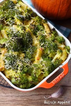 Blog Bo(ro)n Appétit: Zapiekanka makaronowa z dynią i brokułami