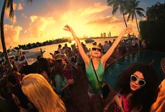 It's Art Basel Miami Time! 7 Ways to Blog It Whether You're Going or Not | Travel | IFB