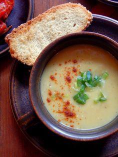 Σούπα Φάβας http://www.pepiskitchen.blogspot.gr/2015/02/soupa-favas.html