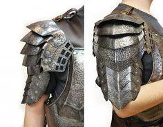 Alien predators shoulders armor. 1 mm steel and leather. LARP armor.