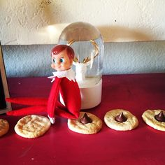 20 parents having a little too much fun with Elf on the Shelf... more for adults than kids, but still funny!!!