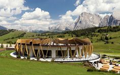 Enjoy gracious hospitality at Alpina Dolomites Gardena Health Lodge & Spa located in Alpe di Siusi - Seiser Alm, Italy that meets the expectations of the most discerning guests.