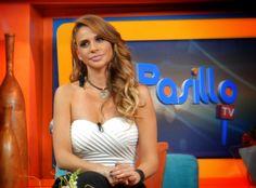 Joselyn Juncal en Pasillo TV
