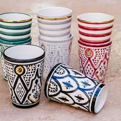 Cup Welcome to . Art Marocain, Chabi Chic, Cosy Kitchen, Sgraffito, Moroccan Style, Tea Cups, Porcelain, Decoration, Traditional