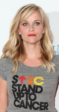 Reese Witherspoon Photos Photos - Hollywood Unites For The Biennial Stand Up To Cancer A Program Of The Entertainment Industry Foundation (EIF) - Arrivals - Zimbio Hairstyles With Bangs, Pretty Hairstyles, Straight Hairstyles, Long Haircuts, Wedding Hairstyles, Updo Hairstyle, Hairstyle Photos, Thin Hair Cuts, Medium Hair Styles