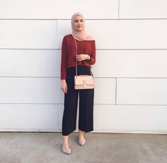 Fashion style hijab casual colour 54 New ideas Hijab Casual, Hijab Chic, Ootd Hijab, Hijab Fashion Casual, Trendy Fashion, Fashion 2018, Dress Casual, Casual Shoes, Street Hijab Fashion