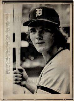 Oscar Gamble, Detroit Tigers Baseball, Baseball Hats, Sports, Hs Sports, Baseball Caps, Caps Hats, Sport, Baseball Cap