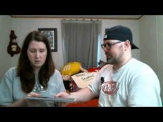 Derek and Nikki Review 048 / Heroes Aren't Hard to Find HAUL! Comic Book...