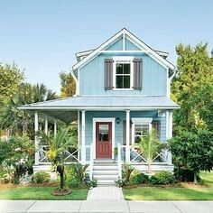 beach cottage style The successful Wharf Street project in Bluffton, South Carolina, proves to local governments everywhere that affordable housing can be beautiful, smart, and righ Beach Cottage Style, Beach Cottage Decor, Coastal Cottage, Cottage Homes, Beach Cottage Exterior, Tiny House Exterior, Cottage Exterior Colors, Southern Cottage, Cozy Cottage