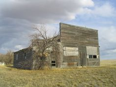 bindloss AB Ghost Towns, Abandoned Places, Ghosts, Old Town, North America, Canada, Backyard, Memories, House Styles