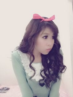 Try to be cute  just kidding  #korean #koreanstyle #curlyhair #hairtips #beauty