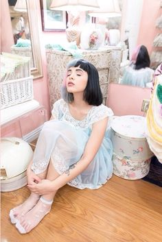 Find images and videos about melanie martinez, cry baby and crybaby on We Heart It - the app to get lost in what you love. Cry Baby, Paramore, Adele, Melanie Martinez Music, Queen, Her Music, American Singers, Lady Gaga, Crying