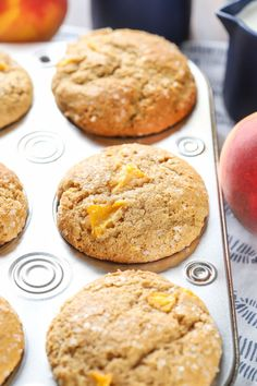 Bakery Style Peach Cardamom Muffins Recipe from A Kitchen Addiction Muffin Recipes, Breakfast Recipes, Dessert Recipes, Breakfast Ideas, Brunch Ideas, Cranberry Orange Muffins, Peach Muffins, Delicious Desserts, Yummy Food