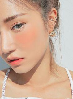 9 Korean Makeup Looks – My hair and beauty Beauty Make-up, Natural Beauty Tips, Beauty Care, Natural Makeup, Beauty Hacks, Hair Beauty, Beauty Advice, Beauty Skin, Beauty Ideas