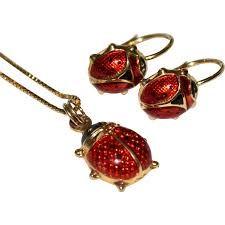 purchase pendants at reasonable price...........