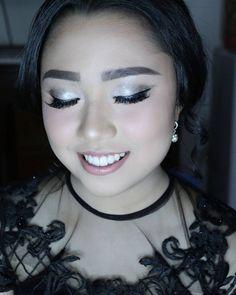 Jevia �� . Makeup hair artis @cecilliadiana  #mymakeup #mywork #mua #makeupartist #motd #obsessed #beauty #photoshoot #makeupbyme #prewedding #makeupartistjakarta #makeupjunkie #makeupjournal #wiwt #makeupengagement #engagement #makeuppengantin #bridestory #weddingmakeup #fashion #glowingmakeup #muajkt #hairdo #hairdresser #maquillage #hairstylistjakarta #makeupjournal #hairartist #makeupworld #cecilliadianah http://gelinshop.com/ipost/1523889857172407099/?code=BUl8cBNlQM7