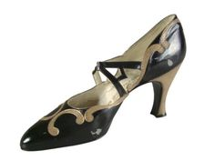 Casual Shoes, Hellstern & Sons, Patented, Paris: ca. 1920-1928, French, kid leather with embellishments of snakeskin, leather sole, Louis XV heel covered with snakeskin.