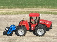 Model Farm Monday Week 211   Customs & Display Journals ®   Toy Talk   The Toy Tractor Times Online Magazine