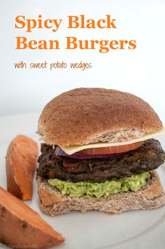 Spicy Black Bean Veggie Burger {easy-peasy recipe} - minus the bun Black Bean Veggie Burger, Bean Burger, Veggie Burgers, Vegetarian Recipes, Cooking Recipes, Healthy Recipes, Sweet Potato Wedges, Pub Food, Veggies
