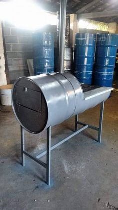 Package Accessories fit inside of Stove for Storage and Transporting. Barrel Stove, Barrel Bbq, Diy Wood Stove, Wood Oven, Outdoor Oven, Outdoor Cooking, Parrilla Exterior, Custom Bbq Pits, Oven Diy